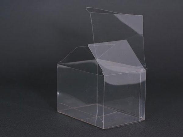 gia công hộp nhựa trong suốt